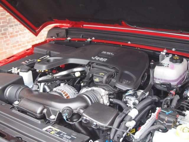 JLラングラーと共通のV6 3.6Lエンジンになります。