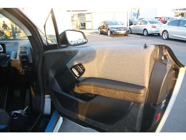 お車と併せてオススメな【BMW保険もお取扱い中!】お車のローンに組みこめる【ローンプラン】もご用意しています!詳しくは担当セールスまで。