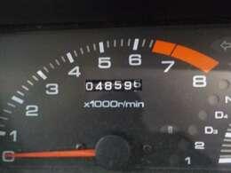 走行距離は49000キロです!