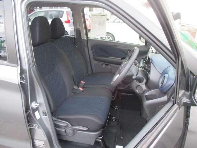 お勧めメニュー:ボディーコーティング お車を汚れから守り、長期きれいなボディーが維持できますよ。