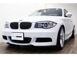 正規ディーラー車 2011年モデル BMW 135iクーペ 右ハンドル アルピンホワイトIII/ブラウンレザー
