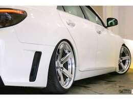●新品TEINフルタップ(全長調整式)車高調装着いたしました。乗り心地を変えず、車高調整可能な高性能車高調♪ 3流メーカーとは違い乗り心地のいい車高調です。お好みの車高に調整致します!