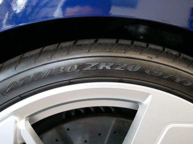 8速ティプトロニックと4WDシステムquattroの組み合わせが、心躍るドライビングパフォーマンスへと誘います