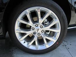 FORD純正22インチアルミwheelを装備しております。