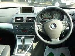 新車で買えば高級車。高級車だからこそ、距離が少し走っていても、走行問題ありません!3ヵ月3000キロの保証もついて安心!