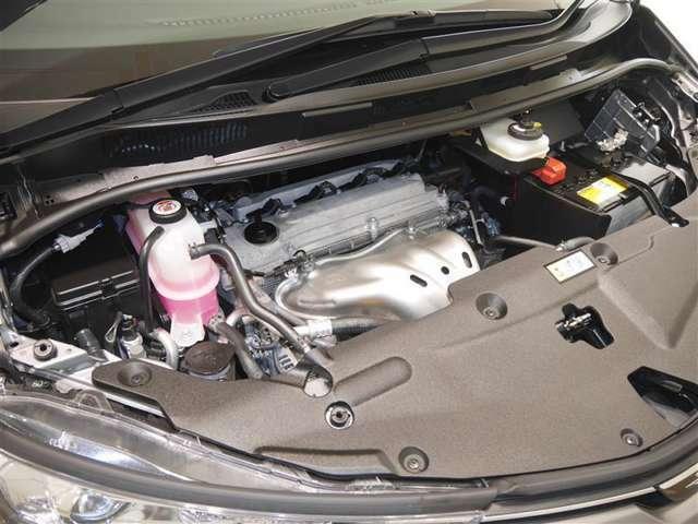 2400ccエンジン☆エンジンルームもしっかり洗浄!