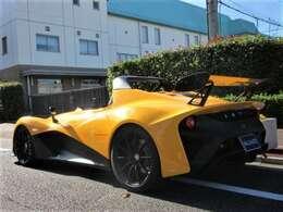 ブレーキシステムは前後に世界のAPレーシング社製を装備しております。
