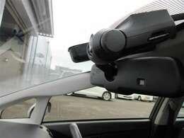 ★ドライブレコーダー★映像と音声を記録してくれ、万が一事故の際に確かな証拠能力を発揮してくれます!