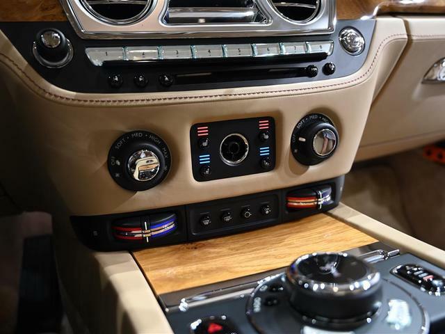 ベンチレーションシート装備で1年中快適な車内環境