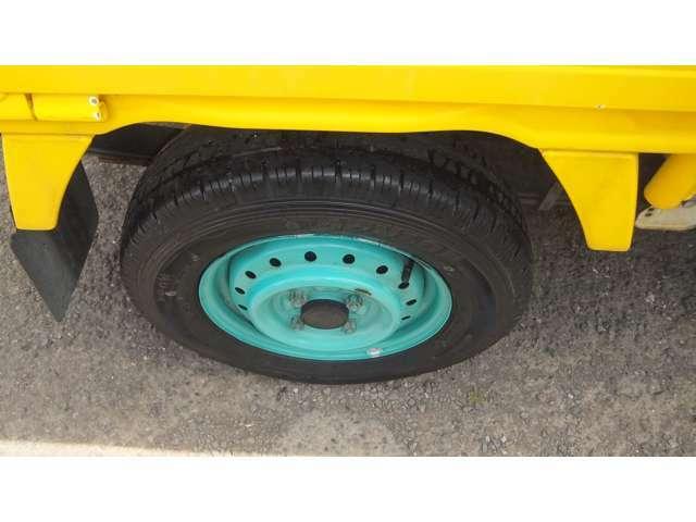 タイヤの状態も良好で、まだまだ安心です。