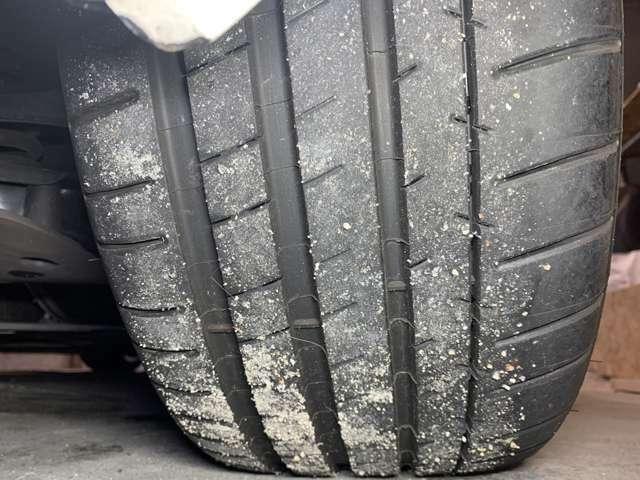 右後タイヤ 7月に新品交換