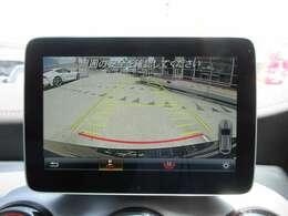純正メモリーナビ付き♪ ガイド線付バックカメラで駐車も安心ですね♪ 広角のカメラを使用しております♪