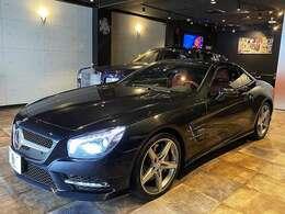 Edition1専用カラー、マグネタイトブラックが特別感と重厚感を放っています。