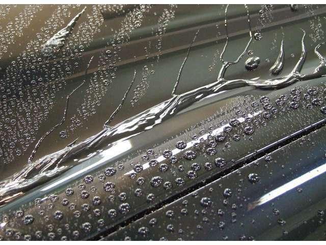 Aプラン画像:コーティング専門業者にて施工します♪ポリマーコーティングとは汚れが着いてもコーティング膜内に浸透せず、簡単に落ちるのが特性です♪