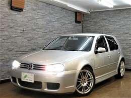 日本へは400台輸入されたとされる5ドアR32。当然その数は減る一方。その傍らで、再評価されてきている2000年代前半の車たち。旧車と呼ぶにはまだ新しいものの、今どきでは味わえない魅力があります!