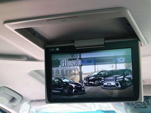 12.1型後席ディスプレイ☆彡美しい高精細HDディスプレイを採用☆彡