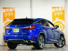 ボディカラーは鮮やかな青です!他車の青色とは一線を画したとてもキレイな青が目を引きます!