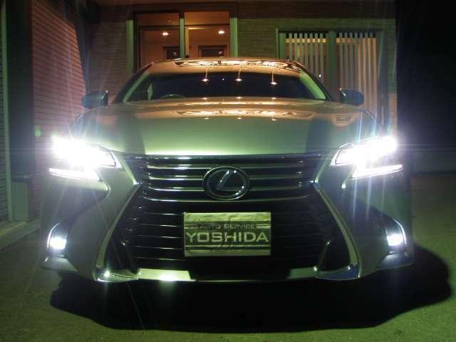 1つ目ではありません!3眼フルLEDヘッドライトです♪オートライト♪純正LEDフォグ♪ソニックチタニウム!レクサスセーフティシステムプラス!プリクラッシュセーフティシステム!アダクティブハイビームS!
