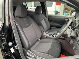 運転席からの視界もよくどなたがお乗りになられても運転しやすい車両になっていますよ