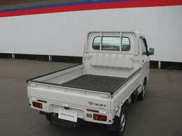本体価格の中には日産中古車の保証である走行距離無制限の『ワイド保証』が含まれております!