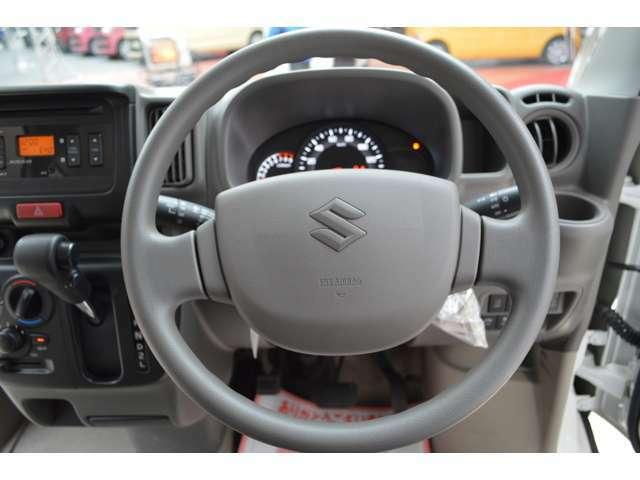 バック時にも衝突軽減ブレーキが作動する、後退時ブレーキサポートも装備です