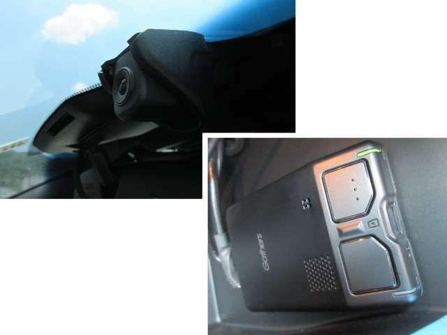 今や必須アイテム!!純正ドライブレコーダー搭載です。本体とカメラ分離式なので事故時の記録データ保護も安心!本体はグローブボックス内にあります。