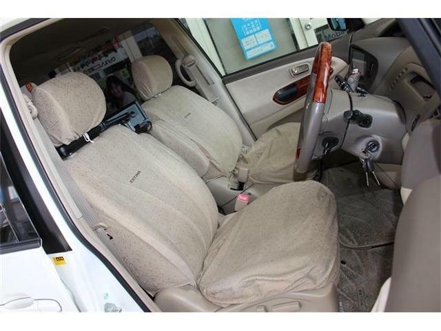 運転席・助手席の写真です☆