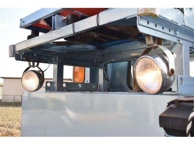 ■作業灯も付いています■LEDなどにも交換できます■