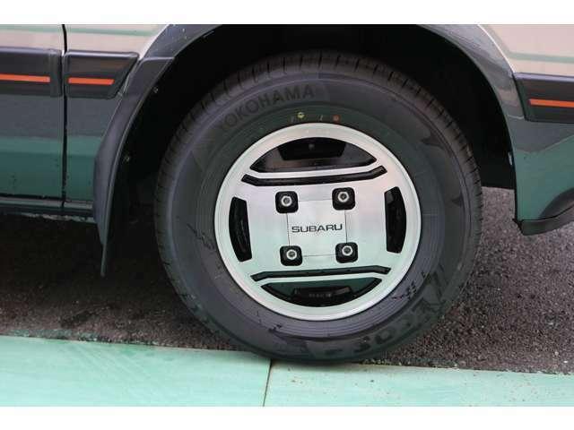 スバル純正ホイールはリペア済みです。タイヤは新品装着済み。