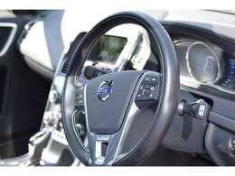排気量2000ccの4DW車 水冷直列4気筒DOHC16バルブICSチャージャー