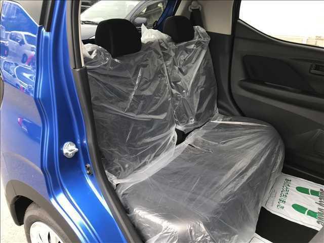 3年・5年・7年の延長保証「イソベ安心保証」もご用意してます。車と社外カーナビ・ETCが延長保証になります。幅広く保証する新車保証も新車から3年しかありません。当社は納車日からの保証年数スタートです。
