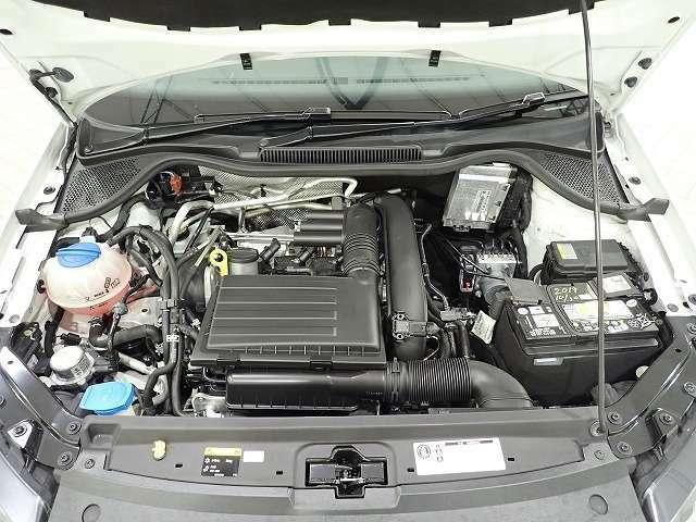 ご納車前に71の項目を点検致します。エンジンオイル・オイルフィルター・ワイパーブレードゴムは無条件で交換となります。