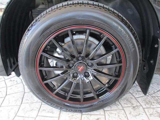 アルミホイール付き。タイヤはまだまだ使えます。