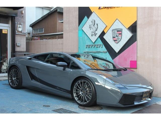 ★ディーラー車のガヤルドレジェーラの入庫ですよ♪オプションカラー色の綺麗なお車です♪純正の車輌です♪詳しくは当社ホームページの在庫欄をご覧下さい♪