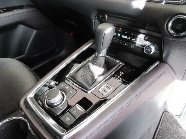 オートホールド機能搭載です。設定して頂ければドライバーの負担を減らすことが可能です!