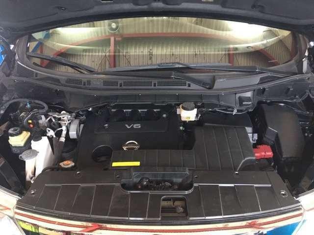 V6/3.5リッターエンジン。ご成約後、逆輸入車に精通したメカニックがしっかりとメンテナンス&消耗品の交換をして納車いたしますので安心してお乗り頂けると思います。