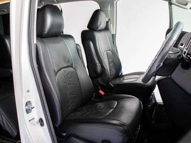 SUV/ミニバン/ハイブリッド500台以上展示中!在庫がたくさんあるから「その場で」見て乗って比較できます。ご家族でも安心!「ベビールーム」「休憩所」完備!