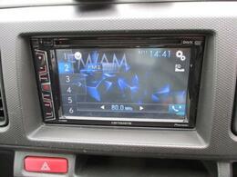 好きな曲を聴きながら楽しくドライブ♪操作簡単のタッチパネル。