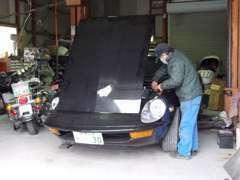 整備など、ベテランのスタッフが丁寧に対応致します。輸入車のメンテナンスもお任せ下さい!