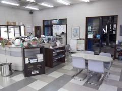 店内も広く、ゆったりとした商談スペースはお客さまにも好評を頂いております。
