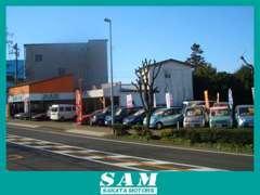 善行入口交差点より北側300mm左側オレンジ色が目印です!!工場内に受付がございます。向いにライフスタジオさんがあります