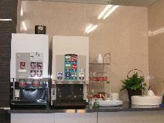ドリンクバー完備☆コーヒーが苦手な方もコレなら大丈夫!!