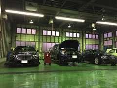 国産車、輸入車、及び特殊車両の修理、整備を承っております。