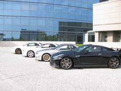 「GT-R」を始め、スポーツカー好きの方も大歓迎です!お車のドレスアップなどについても経験豊富な私たちにお任せください!