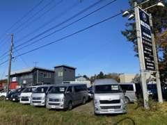 セダンから軽自動車などコンパクタカー、ミニバンなどを在庫しております☆