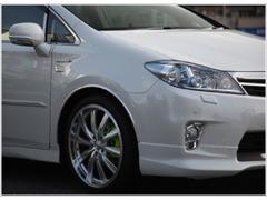 オイル・エレメント・バッテリー等の交換から、専門工場にて徹底整備実施!納車後は安心してお車に乗って頂けると思っております!