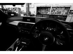 ドイツ本国と同様の専門スキルを持つメカニック・スペシャル・ツールと最新設備でBMW車のコンディションを保持します。
