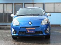 青い看板が目印の格安車のスリーピースです。穴川インターから車で5分!より良いお車をお求めやすい価格にてご提供いたします。安心の総額表示で保証付き!
