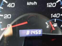 走行距離●●km。走行距離も1桁台ですので、まだまだ長くお乗り頂けるお車となっております。
