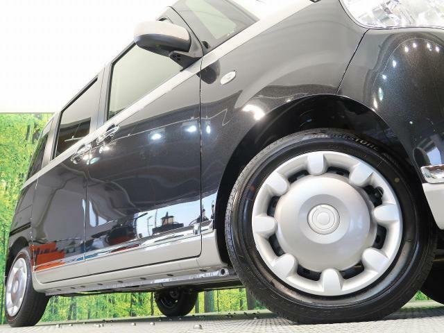 【純正ホイールキャップ】弊社では、各メーカー・サイズのアルミホイールやタイヤも取り扱っております。ご検討の方はスタッフまでお気軽にご相談ください。
